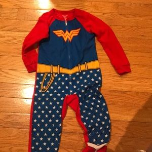 Other - Wonder women pjs